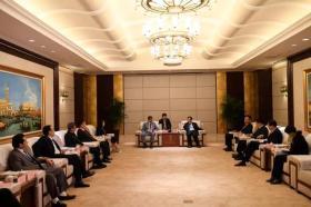 河南省副省长刘伟会见濮阳市邀请参加第十三届投洽会的客商代表
